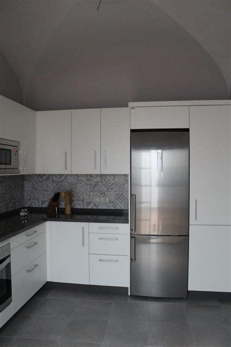 cocinova muebles de cocina en sevilla  gran almacenaje