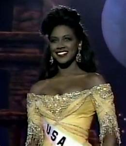 Watch Kenya Moore Work an Evening Gown in Miss Universe ...