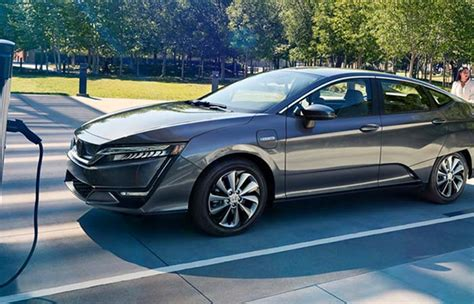 2018 Honda Clarity Electric Review  Global Cars Brands