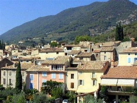 sous préfecture de la drôme à nyons informations et nyons une destination incontournable en drôme provençale