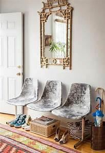 la chaise plastique un meuble moderne pour la maison With exceptional cuisine mur rouge meuble blanc 15 deco salon miroir