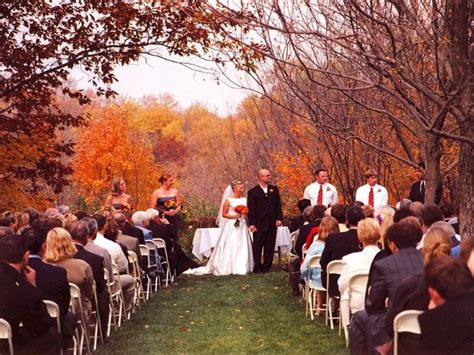 benefits of having a fall wedding la vita bella events
