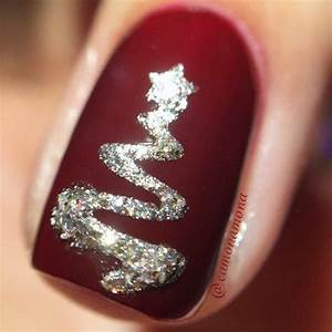 10 Best ideas about Christmas Nails on Pinterest