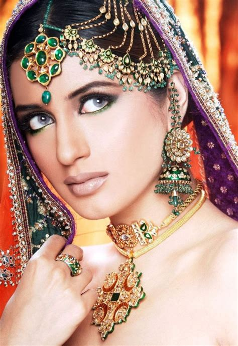 pakistani bridal jewelry ali iman indian models makeup jewellery bride pk wedding wearing actor kundan designs pakistan scandal weddings bridel