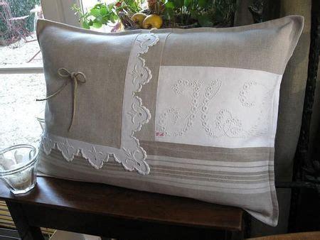 tissu toile a matelas tissus anciens toile 224 matelas dentelle et monogramme diy with vintage linens