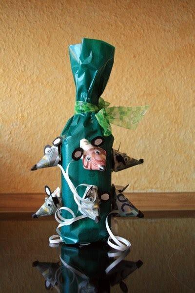 geschenke zum selber basteln geburtstag geldgeschenke zum geburtstag flaschen geschenk frantasiaaa bastelblog