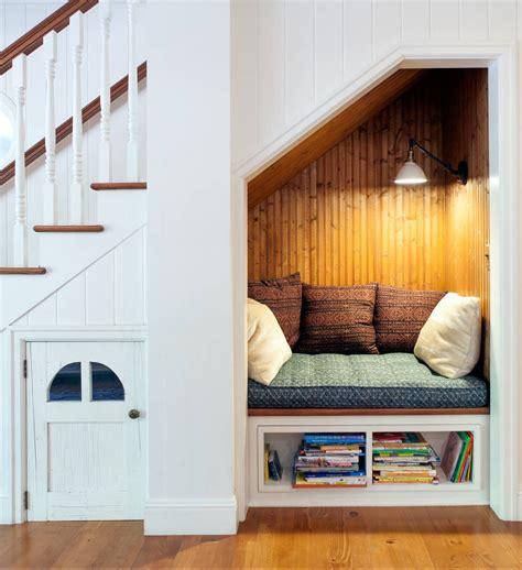 amenager un dessous d escalier 20 astuces pour am 233 nager un dessous d escalier clematc