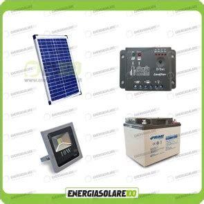 kit illuminazione fotovoltaico kit illuminazione esterna cortili piazzali parcheggi per 5