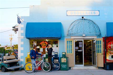 towns florida charming town most fl trips visit weekend fun cedar key start onlyinyourstate closest