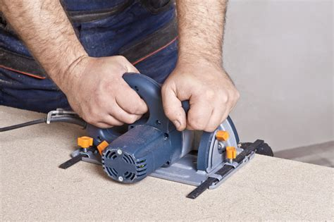 mdf platten dicke gehwegplatten schneiden 187 anleitung in 4 schritten