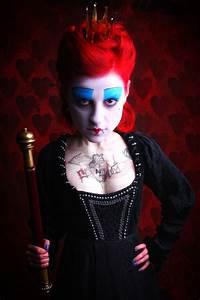 Alice Im Wunderland 02 Die Knigin Foto Bild