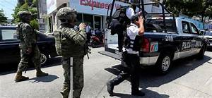 Acapulco's entire police force suspended in corruption ...