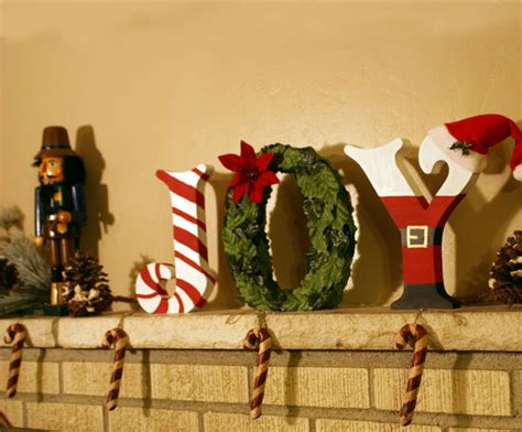 create festive christmas standing wood letters diy craftcutscom
