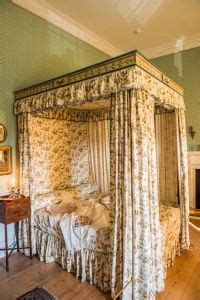 royal crescent bath ladies bedroom  images
