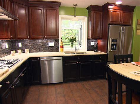 مدل کابینت آشپزخانه کوچک و شیک (۴)  مجله صورتیها