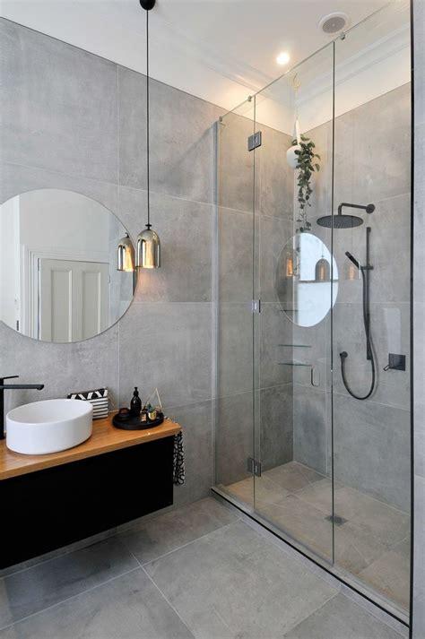 create safe  modern bathroom design gorgeous