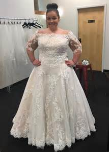 plus size sleeved wedding dress modest bateau neck 2016 plus size wedding dresses cheap applique lace tulle bridal gowns floor