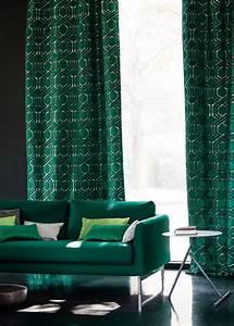 Canape Vert Emeraude : rideau design les derni res nouveaut s pour habiller ses fen tres avec l gance marie claire ~ Teatrodelosmanantiales.com Idées de Décoration
