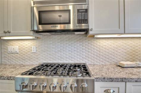 Basket Weave Backsplash : Try A Basketweave Kitchen Backsplash Over Granite