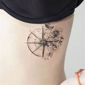Rosen Tattoo Klein : pingl par ariel carter mckay sur loves of mine pinterest tatouages id e tatouage et ~ Frokenaadalensverden.com Haus und Dekorationen