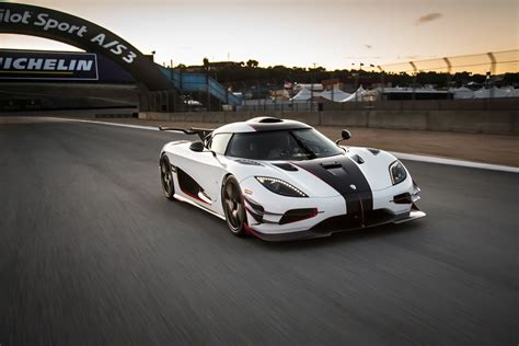 Top 10 Supercars Of 2014