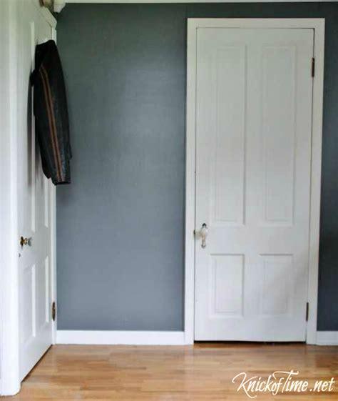 hiding  dirty secret  closed doors  knickoftimenet