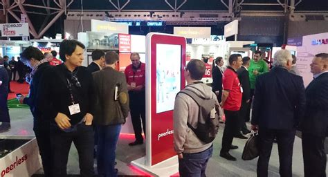 ise 2016 interactive signage in