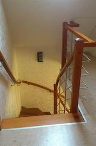 Geländer Für Treppe : holztreppen galerie viertel gewendelte treppe ohne ~ Michelbontemps.com Haus und Dekorationen
