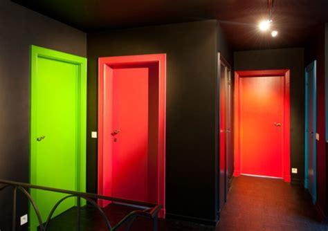 modele de porte d armoire de cuisine la déco couloir des astuces pour une ambiance agréable