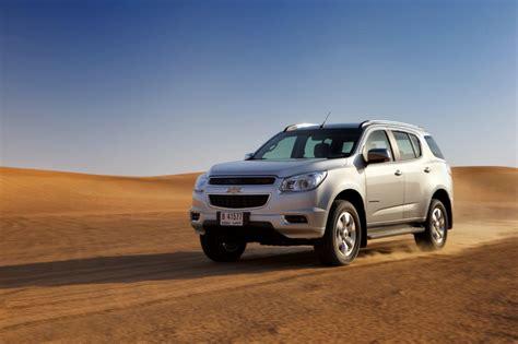 Chevrolet Suv 2015 by Comparison Chevrolet Traverse Suv 2015 Vs Chevrolet