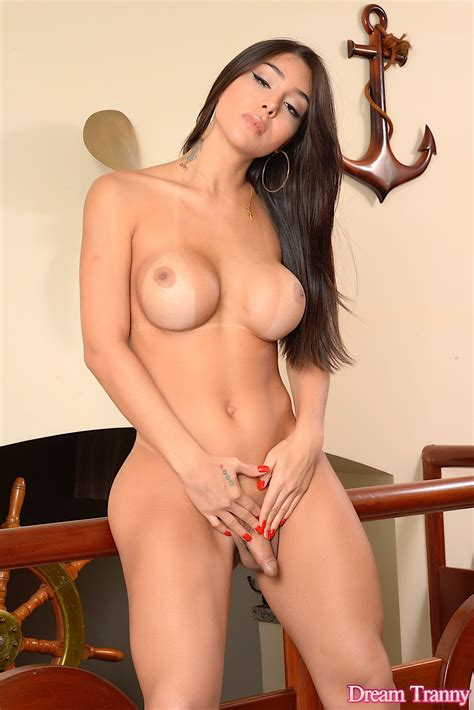 Sexy Tranny Jessy Lemos Gets Naked For You Dream Tranny