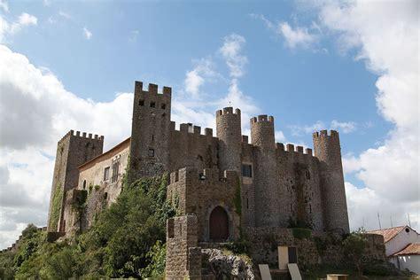 glass wall tile castle of óbidos