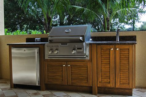 Outdoor Wood Cabinets by Best Weatherproof Outdoor Summer Kitchen Cabinets In