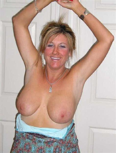 Milf Nude Moms Image