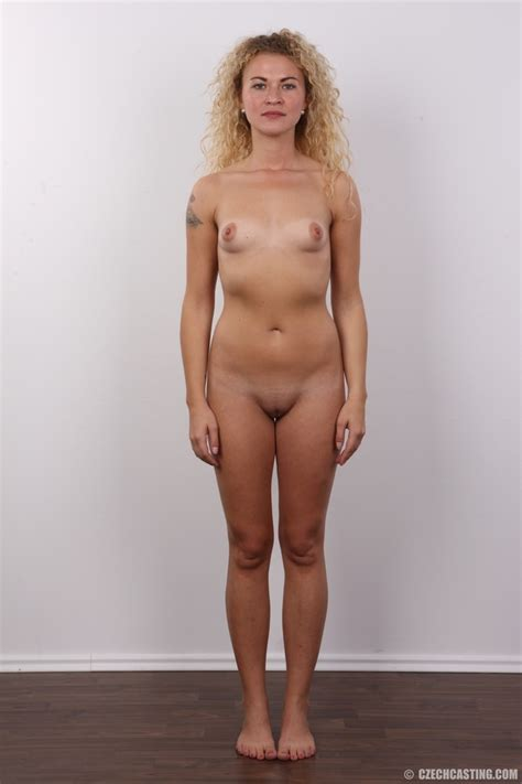 Curly Hair Pretty Blonde Shows Cute Small T Xxx Dessert Picture