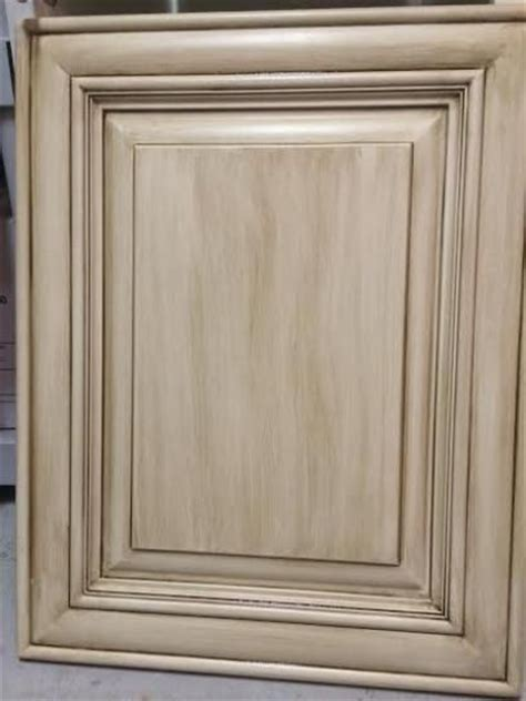 Rustoleum Cabinet Refinishing Home Depot by 25 Best Ideas About Cabinet Transformations On