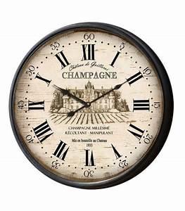 Horloge En Metal : horloge murale originale multicolore bilbao 74cm ~ Teatrodelosmanantiales.com Idées de Décoration