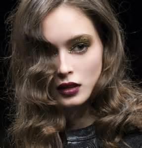 coupes de cheveux tendance coupe de cheveux bouclés tendance 2017