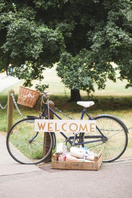 picture  original bicycle themed wedding ideas