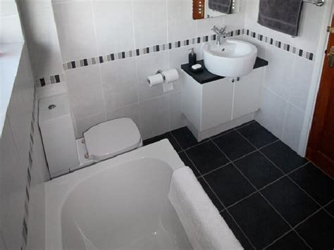 bathroom tiles black and white ideas 21 cool black and white bathroom design ideas