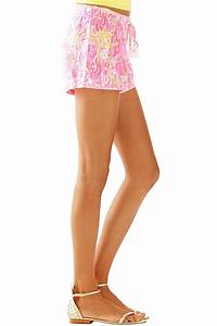 Lilly Pulitzer Linen Beach Short from Sandestin Golf and