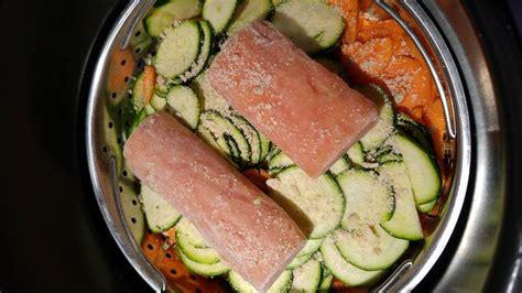comment cuisiner une courgette recette saumon carottes courgettes et riz de thierry au