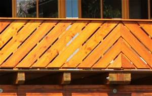 Balkonverkleidung Aus Holz : balkonverkleidung holz balkongel nder direkt ~ Lizthompson.info Haus und Dekorationen