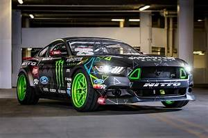 Gittin Shows Off New Competition 2016 Mustang RTR Drift Car