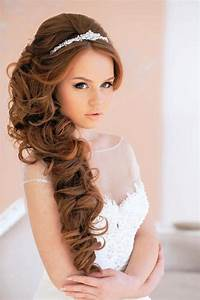 Simple Wedding Party Hairstyles For Long Hair You Can Do