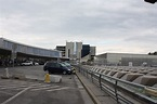 File:Vienna International Airport 20091011 03.JPG ...