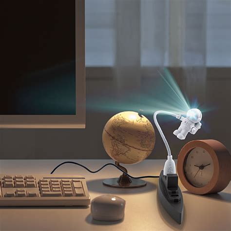 usb astronaut keyboard led light feelgift