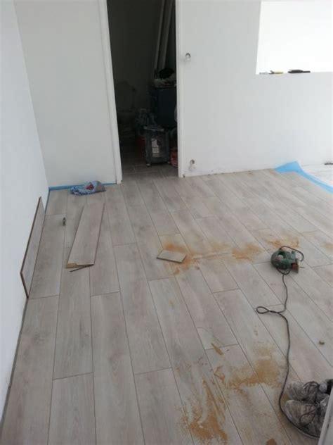 pose de parquet avec sous couche dans un appartement 224 aubagne 13 r 233 novation habitat sur