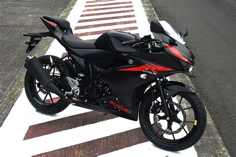 Suzuki Gsx 150 Bandit Hd Photo by Suzuki Gsx R150 Images Check Out Design Styling Oto