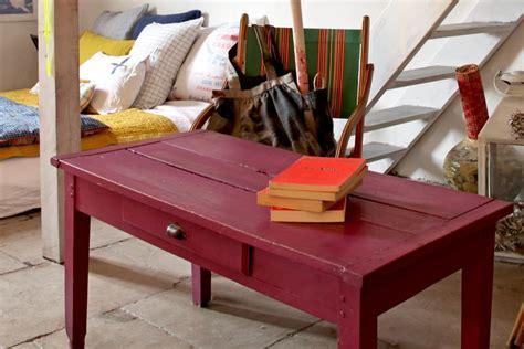 renover bureau bois rénover et relooker un meuble en bois sans se tromper